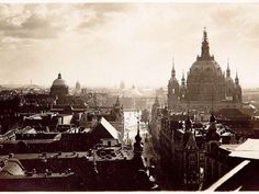 cnephas:  Mitte, 1890, Berlin.  [Sad to think that all this is lost.]