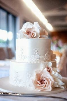 Wedding Flowers White Roses Pretty Cakes 66 New Ideas Blush Wedding Cakes, Cool Wedding Cakes, Elegant Wedding Cakes, Beautiful Wedding Cakes, Wedding Cake Designs, Beautiful Cakes, Trendy Wedding, Blush Weddings, White Weddings