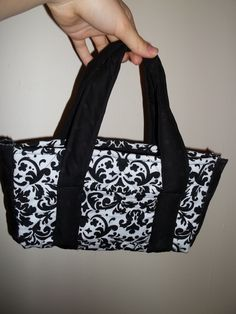 Black and White Purse made by Heather Cerny
