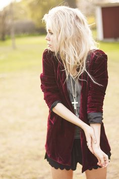 like the velvet red cardi/jacket thingy. adds texture.