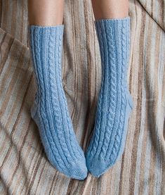 Best knitting socks pattern free Knit cute, cozy socks with these free knit sock patterns! Knit socks might be playful and enjoyable to put on and to make. There are all types of arti. Knitting Daily, Summer Knitting, Knitting Socks, Knit Socks, Crochet Sock Pattern Free, Lace Knitting Patterns, Bear Patterns, Knitting Ideas, Knitting Projects