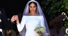 best=Meghan Markle Wedding Dress on Display at Windsor Castle , Discover your dream prom dress. Our collection features affordable prom dresses, chiffon prom gowns, sexy formal gowns and more. Find your 2020 prom dress Lace Mermaid Wedding Dress, Elegant Wedding Dress, Designer Wedding Dresses, Bridal Dresses, Elegant Gown, Meghan Markle Dress, Meghan Markle Wedding Dress, Givenchy, Inexpensive Wedding Dresses