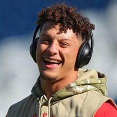 10 overall pick in the 2017 NFL Draft, Mahomes is one of just three NFL QBs to ever throw 50 touchdowns in a single season. Kc Football, Football Players, Kansas City Chiefs Football, Stanford Football, Diy Gifts For Boyfriend, Celebrity Weddings, Celebrity Crush, Kelce Chiefs, Sports