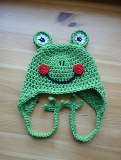 I want to learn to crochet so I can make this hat!