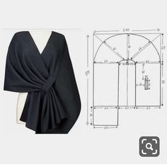 Modélisme ok stylish poncho, this is the pattern, but if you want to get this image without the hassle of mold can apply to your winter thick shawl 😏✂️ Fashion Sewing, Diy Fashion, Ideias Fashion, Fashion Outfits, Dress Sewing Patterns, Clothing Patterns, Sewing Clothes, Diy Clothes, Moda Afro