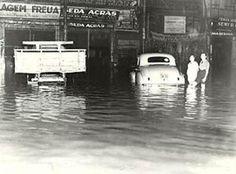 Alagamento-na-Rua-25-de-Março-em-1950..jpg (448×332)