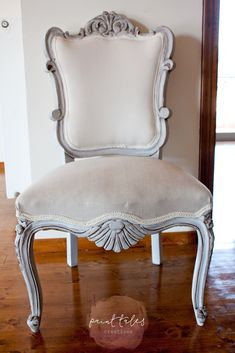 Paint Tales - Reupholstered dining chair using MMSMP. Painted in Farmhouse white, distressed & sealed with Furniture Wax & Antiquing wax. Upholstered with simple cotton canvas & Herringbone fabric Painted Dining Chairs, Furniture, Painted Furniture, Reupholster Chair Dining, Furniture Upholstery, Chair, Chair Fabric, Furniture Wax, Upholstery