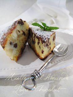 Moelleux à l' Amande, Poire - Chocolat Gateau Cake, Round Cakes, Chocolate Cake, Chocolate Coffee, Cupcake Cakes, Cupcakes, Cake Poire Chocolat, Lemon Desserts, Dessert Recipes