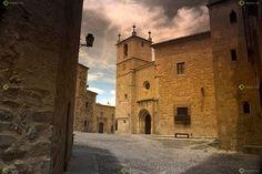Ver y Conocer Extremadura - Foto - Plaza de Santa Maria (188165)