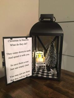 Unique DIY Christmas Lantern Decoration Ideas / Inspo - Hike n Dip Here are unique DIY Christmas Lantern Decor Ideas. These Christmas Lantern Decor with Ornaments, Ribbons & Christmas Village scene are really very beautiful Diy Christmas Decorations, Diy Gifts For Christmas, Lantern Christmas Decor, Christmas Chair, Country Christmas, Homemade Christmas, Christmas Projects, Christmas Holidays, Christmas Wreaths