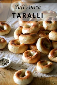 A big batch of Soft Italian Anise Taralli with a crunchy outer layer and a soft bagel like interior that are totally addictable. They make a perfect snack anytime of the day! Italian Snacks, Italian Cookie Recipes, Italian Cookies, Italian Desserts, Baking Recipes, Snack Recipes, Dessert Recipes, Bread Recipes, Italian Foods