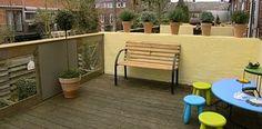 Kindveilig balkon | Eigen Huis & TuinZorgeloos op het balkon zitten en van het zonnetje genieten is er met kinderen vaak niet bij. Maar met wat kleine aanpassingen kun je je balkon kindvriendelijk maken.