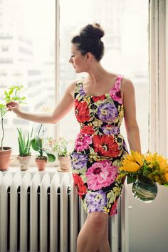 floral shift dress on Jamie Beck of Ann Street Studio
