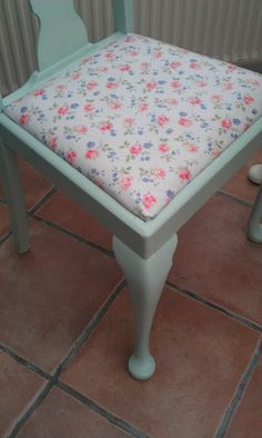 Simple Things: Cath Kidston Style Chair Makeover?!