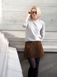 70s suede skirt | leather skirt | Photo: Pupulandia