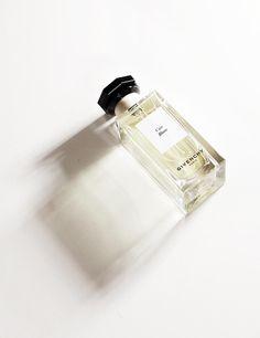 Cuir Blanc của Givenchy