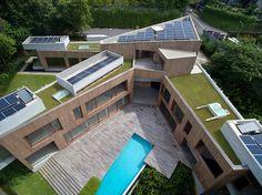 В рамках общегосударственной концепции Сингапура об устойчивом развитии строительство общественных и частных зданий стремится претворить идеал города-сада в жи