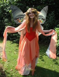 Fairy artist Myrea Pettit - Dress by 'The Dark Angel'
