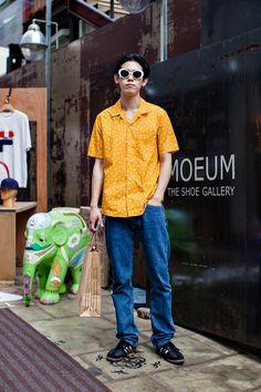 SUNGLASSES   Number Nine SHIRT   SUPREME PANTS   LEVI`S SHOES   ADIDAS Street Style Kim Seulwoo, Seoul Korean Fashion, Mens Fashion, Fashion Outfits, Hawaii Style, Hawaii Hawaii, Youth Of Today, Asian Style, Korean Style, Street Outfit