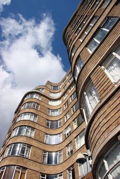 This is the block of flats that was used for the exterior of Whitehaven Mansions where Hercule Poirot lived - Art Deco- London