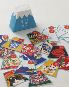 Japanese card game 'Karuta'.... again, I like these bold graphics