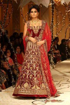 #Azva #BeautifulBride#AzvaAtIBFW #Mumbai #Jewellery