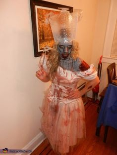 Zombie Wizard of Oz Group Costumes - Halloween Costume Contest via @costume_works