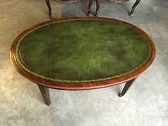 Vintage Old Colony Mahogany Green Leather Top Oval Coffee Table w/ Pull Outs #OldColony