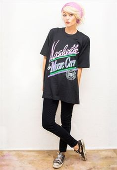 VTG Black Nashville Music City Oversized T-shirt