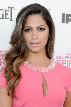 Camila Alves: Camila Alves looked stunning in her pink gown, which she complemented with cascading waves and a neutral makeup palette.