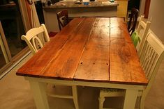 Farm table from salvaged barn wood--I love this idea. The trick is to fill in the cracks between the boards so the table is smooth--otherwise it causes problems when doing artwork/scrapbooking. Furniture Projects, Home Projects, Diy Furniture, Dream Furniture, Build A Farmhouse Table, Farmhouse Style, Sweet Home, Do It Yourself Furniture, Dining Room Table