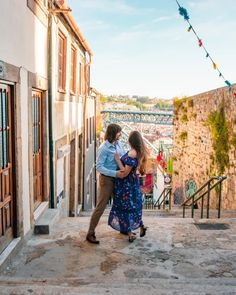 "João Pedro Sousa on Instagram: ""Living the Happiness in Porto. #desfocoportugues #visual_square #amar_porto #portugalcomprespectiva #portugalemfotos #olhoportugues…"""