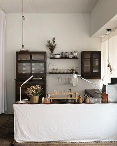 이미지: 테이블 실내 Cafe Restaurant, Restaurant Design, Cafe Interior, Interior Design, Cafe Design, House Design, Korean Cafe, Coffee Bar Design, Coffee Room