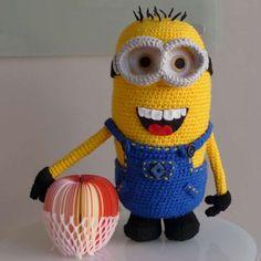 Free minion Amigurumi Crochet Pattern