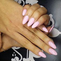 Nails by @highonlaxquer  #nailbar #nailart #notd #nailbarandbeautylounge #beauty #onestopshop #Nbbl #instanail  #glam #instagood #nailsonfleek