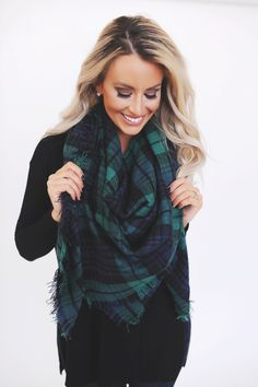 Blanket Scarf-Navy/Green - Dottie Couture Boutique