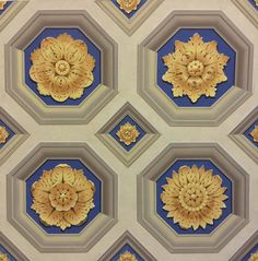 Pigmentti are award-winning decorative artists, specialising in bas-relief sculpture, trompe l'oeil murals, painted decoration, gilding and gold leaf. Decoration, Art Decor, Ceiling Decor, Ceiling Ideas, Mural Art, Murals, Architectural Features, Antique Decor, Contemporary Interior Design