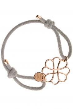 dalia I grey leather bracelet with rose gold plated flower I designed by marjana von berlepsch I NEWONE-SHOP. Ankle Bracelets, Jewelry Bracelets, Fashion Rings, Fashion Jewelry, Friendship Jewelry, Beaded Jewelry Patterns, Leather Jewelry, Grey Leather, Ideias Fashion