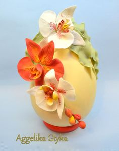 Easter egg decorated with sugar orchids - Cake by Aggeliki Manta Chocolate Fondant, Easter Chocolate, Easter Projects, Easter Crafts, Luxury Easter Eggs, Easter Cookies, Easter Cake, Easter Egg Designs, Gum Paste Flowers