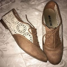 Crochet flats or oxfords Super nice only worn once ! Don't miss out on these ! Lower east side  Shoes Flats & Loafers