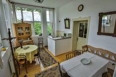 Bucătărie și sufragerie / Konyha és társalgó