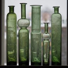 "NANNY STILL - Glass bottles ""Neptuna"" designed in 1964 for Riihimäen Lasi Oy, in production Finland. Art Of Glass, Mid Century Modern Art, Antique Bottles, Glass Ceramic, Glass Birds, Old Antiques, Glass Design, Retro, Colored Glass"
