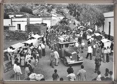 Tenerife - Candelaria año 1950.... #fotoscanariasantigua #tenerifesenderos #fotosdelpasado #canariasantigua #canaryislands #islascanarias #blancoynegro #recuerdosdelpasado #fotosdelrecuerdo