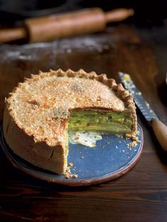 Try a vegetarian pie recipe with a difference; creamy leek, potato and Gruyère encased in crisp pastry. Pie Recipes, Cooking Recipes, Cuban Recipes, Recipies, Vegetarian Pie, Savory Tart, Savoury Pies, Yummy Food, Tasty