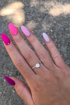 39 Summer Nails that you need to try. The hottest trends and colors for nails in 2019 including fluo nails, rainbow, classy, bright ombre and simple pretty styles nails too. Simple Acrylic Nails, Summer Acrylic Nails, Best Acrylic Nails, Simple Nails, Bright Summer Gel Nails, Summer Nails Almond, Cute Nails, Pretty Nails, Gorgeous Nails