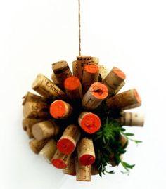 Palla di Natale con tappi di sughero