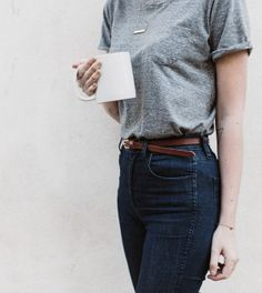 oversized grey tee + high-waisted jeans