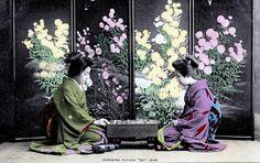 O Hana-san Playing GO game 1919