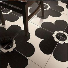 #Floor #tile #pattern is a #BIGDEAL! We're in #instalove with the bold #blackandwhite abstract #floralpattern of these #tiles and we have @italbec to thank for it! Kudos @italbec on carrying such a cool collection! / #tiletuesday #tiled #floortiles #tilework #interior #interiors #interiordesign #interiordesigner #idcdesigners #homedesign #homedecor #interiordecoration #tileaddiction #tiler #instadesign #instaglam #instahome #interiorstyling #blackandwhitetiles #designer by tiletuesday
