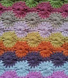 How to crochet Catherine Wheels : Lovely Tutorial, from Mrs Moon.